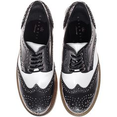 Essentiel Antwerp Holland Black White Studded brogues ($145) ❤ liked on Polyvore featuring shoes, oxfords, flats, zapatos, schuhe, black and white shoes, leather oxford shoes, flat shoes, black and white oxford flats and wingtip oxford shoes