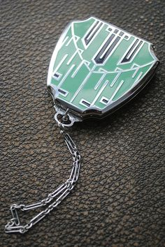 Vintage 1920s Art Deco Compact with Chain by oddsandthreads, $228.00