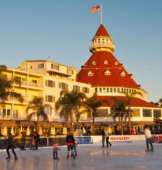 hotel del coronado | Hotel Del Coronado Skating By The Sea Christmas Ice Skate | The World ...