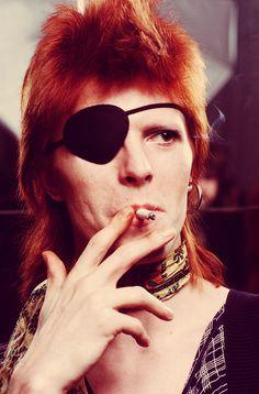 David Bowie 1974, what a hottie