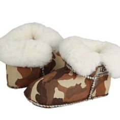 Baby Camo Uggs...SO CUTE!