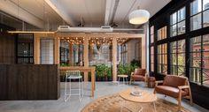 Afbeeldingsresultaat voor small meeting hub design