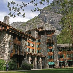 Ahwahnee Hotel - awesome accomodations in Yosemite National Park
