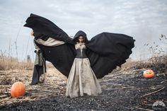 Unisex Hooded Cloak; Halloween cloak; Woolen Cloak