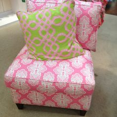 Lilly Pulitzer Fabric. I need some throw pillows like this.