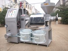 Rice bran oil extraction machinery, rice bran oil is extracted from rice bran in vegetable oil. Rice bran oil is a high nutritional value of edible oil, rich in Rice Mill, Edible Oil, The Husk, Press Machine, Jaba, Raw Materials, Canning, Peanuts, Homesteading