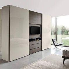 Epic Ein moderner Kleiderschrank mit einem integrierten TV Modul perfekt f r jedes Schlafzimmer Kleiderschrank minimalistisch Designschrank TV TVModul