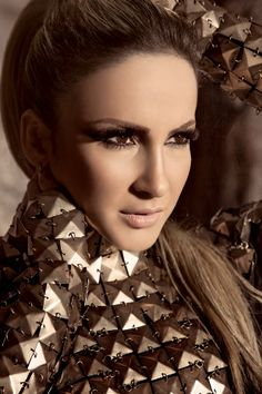 Claudia Leitte (BRA). what very pretty lady and great singer