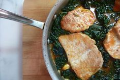 Fast dinner:  Pork chops with Kale.  Would spinach work?  I always have spinach, and I rarely have kale.