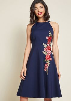 A Lesson in Luxe Embroidered A-Line Dress. Not the thumbnail that I wanted but trust, looks really cute on the plus-size model! Short Sleeve Dresses, Dresses With Sleeves, Special Occasion Dresses, Homecoming Dresses, Prom, Pretty Dresses, Flare Dress, Dresser, Fashion Dresses