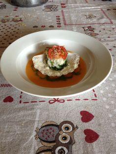 Ceviche di capesante e rucola con gazpacho di pomodoro e pesca