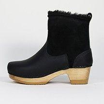 No. 6 shearling boot