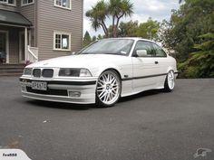 BMW 318i 1994 | Trade Me $7000