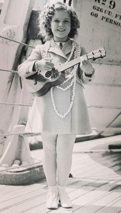 Shirley Temple in Hawaii, 1936.