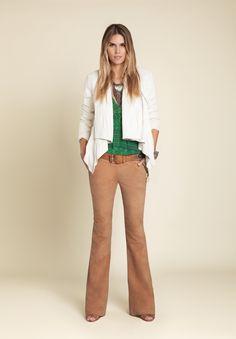 BOBSTORE – Lookbook - calça pants bege blusa verde grey casaco coat branco white