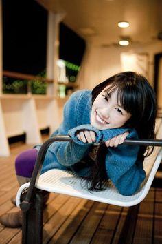 Reni Takagi(Momoiro Clover Z) Elegant Girl, Film Music Books, Girl Group, Purple, Pink, Baby Strollers, All About Time, Japanese, Yellow