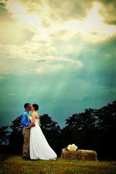 Country wedding pose