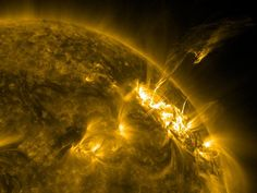 Google Image Result for http://images.nationalgeographic.com/wpf/media-live/photos/000/333/overrides/space136-sun-prominence-solar_33381_600x450.jpg