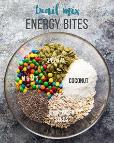 SEVEN delicious no bake energy bites! These vegan, gluten-free, high protein snacks are perfect to prep ahead and stash in the fridge or freezer. #sweetpeasandsaffron #energybite #mealprep