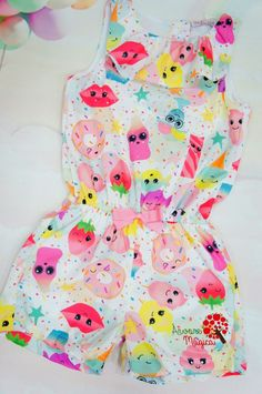 Macaquinho Infantil Sobremesas Mon Sucré Little Girl Dresses, Girls Dresses, Little Girls, Fashion Kids, 2t Girl Clothes, African Dresses For Kids, Beach Kids, Cute Outfits For Kids, Boho Outfits