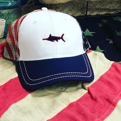 Must-have hat of the year!! American Flag Mesh Back Hat. Available at http://ift.tt/1m7YrY2 and at official Southern Cross retail locations nationwide. #fourthofjulystyle #southerncross #american #patriotic #usa #southerncrossapparel #southerncrossapparelgirls