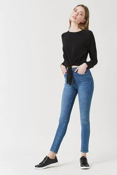 Product Name:High-Rise Skinny Jeans, Category:CLEARANCE_ZERO, Price:29.9