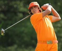 Golf Outfits for Men. Have you man look great on the golf course! http://www.golfclubscenter.com/best-golf-clubs-beginners/