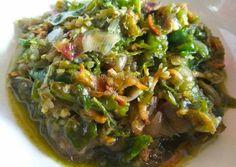Sambal bawang teri (rawit ijo) Indonesian Sambal Recipe, Indonesian Cuisine, Indonesian Recipes, Sambal Sauce, Malay Food, Taiwanese Cuisine, Cooking Recipes, Healthy Recipes, Jar Recipes
