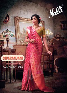 Code: SR15025 - Kanchipuram Silk Saree To know more about this product contact our eshop team at eshop@nalli.com. Pure Silk Sarees, Classic Elegance, Wedding Looks, Strands, Blouse Designs, Dress Up, Corner, Sari, Weight Loss