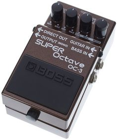 The BOSS OC-3 is the most boring but also the most reliable base player ever! The signal of the magnetic pick up that goes through the tuner first goes into this device after that. Thanks to the poly mode it only adds an octave to the range you settled up before. In my case I only use it for the lowest string. That means I can play single notes and chords and only the lowest string will have an additional octave below the actual note.