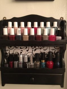 upcycle a spice rack for a cute nail polish holder - maybe hang on inside of under-sink cabinet door Bookshelf Organization, Under Sink Organization, Makeup Organization, Cute Nail Polish, Nail Polish Storage, Home Crafts, Diy Home Decor, Easy French Twist, Old Spice