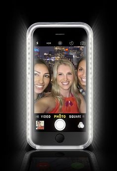 The #LuMeeCase is the smartphone case that lights up your face! Great for selfies and video chatting!
