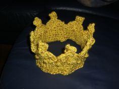 gehäkelte Krone Crown, Jewelry, Crochet Crown, Diy Home Crafts, Diy, Corona, Jewlery, Jewerly, Schmuck