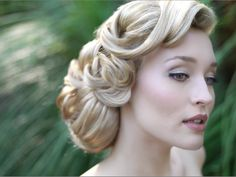 Cool ideas for 1940's wedding hair