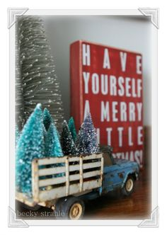LOVE! Click thru to see a lot of special holiday touches via Farmgirl Paints