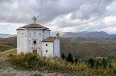 Santa Maria della Pietà. Abruzzo, Italy. Photo (c) Beth Puliti. www.bethpuliti.com