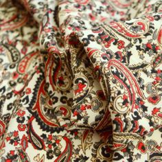 Here we have a selection of beautiful paisley dress fabrics which are wide. These fine polyester crepes fabrics are perfect for summer dresses, blouses & skirts. This one is a red & black paisley print on an ivory background. Paisley Design, Paisley Pattern, 1950s Fashion Dresses, Vintage Dress Patterns, Teal And Grey, Royal Blue Color, Paisley Dress, Blouse And Skirt