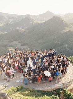 Photography : Caroline Tran Read More on SMP: http://www.stylemepretty.com/california-weddings/malibu/2016/02/26/elegant-malibu-rocky-oaks-wedding-in-shades-of-blue/