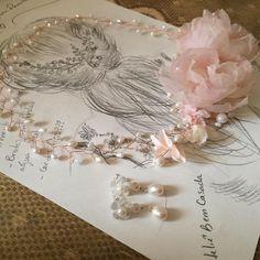 As joias da Le��✨ Para dúvidas ou informações nos consultem por email ateliebemcasada@gmail.com  Conheçam mais sobre o nosso trabalho em www.ateliebemcasada.com.br  #vintagebride #bride #boho #boheme #bridal #bridalaccessories #weddingacessories #wedding #weddingday #weddinhair #WeddingDress #engaged #engagement #noiva #noivei #beautiful #bridetobe #casamento #casamento2017 #bemcasadabride http://gelinshop.com/ipost/1524772520128238481/?code=BUpFIdJhVOR