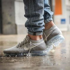 ea1eb7c74a2bb Anyone grab themselves a fresh pair of VaporMax today    24kilatesbcn via  SNEAKER FREAKER MAGAZINE