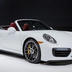 2017-Porsche-911-Turbo-1071-876x535