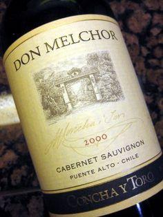 """Don Melchor - Tras 14 meses en barricas de roble francesas de primer uso, el Cabernet Sauvignon 2002 se convirtió en un vino Ultra-Premium, y tiene razones para estar entre los mejores del mundo. Don Melchor logró obtener 97 puntos en el """"Wine Spectator""""."""