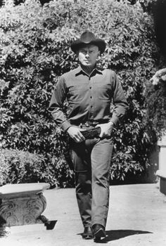 Yul Brynner | BFI | British Film Institute Scene from Westworld.