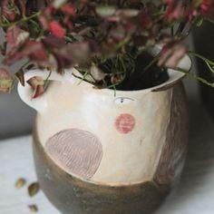 """Home of a Heart on Instagram: """"Как вы могли заметить, я не равнодушна к птицам. Птичий графин нового образца, кругленький, увесистый, не прочь побыть вазой. Продан…"""" Ceramic Pitcher, Planter Pots, Vase, Ceramics, Home Decor, Ceramica, Pottery, Decoration Home, Room Decor"""