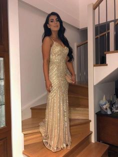 Spaghetti Straps Mermaid Tulle Prom Dresses with Sequins CR 7049 - saipute. Nude Prom Dresses, Prom Outfits, Tulle Prom Dress, Tight Dresses, Bridesmaid Dresses, Gold Mermaid Prom Dresses, Windsor Dresses Prom, Gold Formal Dress, Formal Dresses