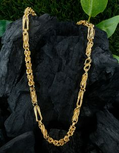 Buy Designer Fancy Gold Finish Mens Chain For Trendy Wear Online Jewelry Art, Jewelry Gifts, Gold Jewelry, Jewlery, Jewelry Design, Silver Chain For Men, Gold Chains For Men, Rakhi Gifts For Sister, Mens Designer Jewelry