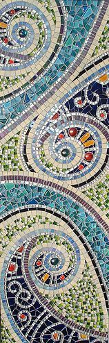 Muni's Mosaics. This is such a beautiful mosaic, it deserves another pinning.