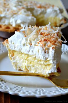 is the BEST recipe for Homemade Coconut Cream Pie! Silky, decadent, creamy coconut custard in a flaky, buttery pie crust and topped with fresh sweetened whipped cream and toasted nutty coconut. So easy, delectable and makes for an amazing party dessert! Dessert Party, Party Desserts, Just Desserts, Dessert Recipes, Coconut Desserts, Coconut Macaroons, Vegan Desserts, Delicious Desserts, Best Coconut Cream Pie