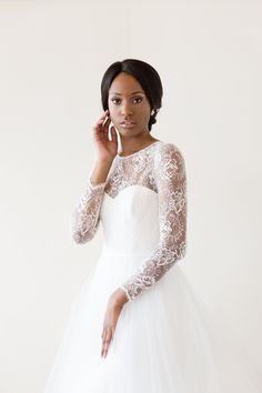 Myra by Amsale — MAGGIE LOUISE Available off the rack, online, and at a beautiful discount. Beach Bridal Dresses, A Line Bridal Gowns, Dream Wedding Dresses, Designer Wedding Dresses, Bridesmaid Dress Stores, Bridesmaid Dresses Plus Size, Amsale Bridal, Cinderella Dresses, Allure Bridal
