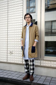 work it. the pj look but you can't tell can you?    oversized buttton down shirt.  flannel pants.    【STREET SNAP】小野田 憲吾 | ストリートスナップ | 原宿(東京)|